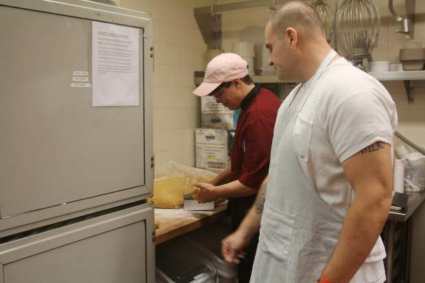 South Lake Tahoe Jail's culinary program teaches job skills