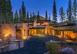 Explore six distinctive Martis Camp homes and discover trends in luxury home building.