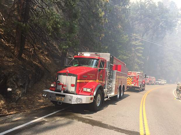 Kyburz Fire Nearly Contained Highway 50 Open Tahoedailytribune Com