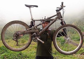 Laguna Beach resident Jim Benson is willing to pay $800 for the return of his stolen bike. He rode the bike in a coast-to-coast race across Costa Rica in 2006.