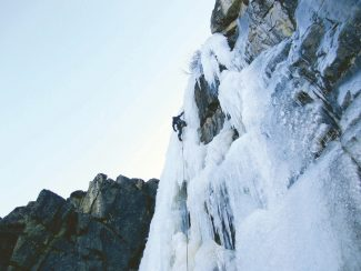 ice-climbing-lake-tahoe