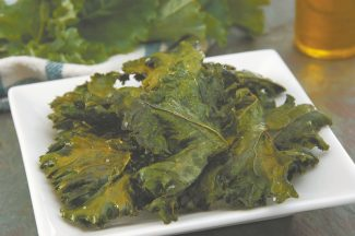CTWBaked Kale Crisps are easy, economical and healthful and - surprise - tasty.