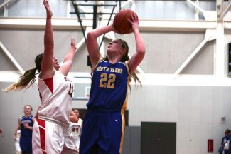 Senior Hannah Neiger led all scorers at Saturday's game with 14 points.