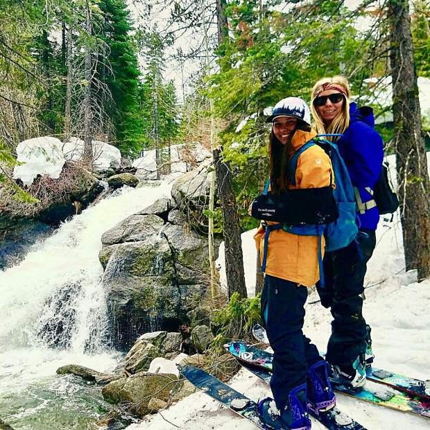 Went on a little splitboarding adventure to Upper Truckee Falls with this fine lady and the pups!
