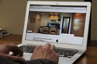 Airbnb, HomeAway lose legal challenge to Santa Monica short-term rental rules