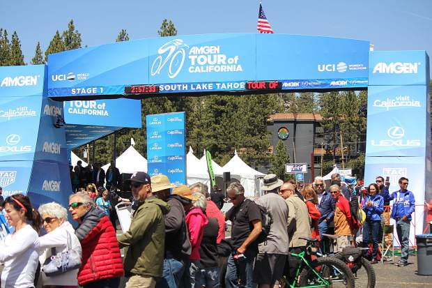 Spectators eagerly await the riders to cross the finish line at the Amgen Breakaway from Heart Disease Women's Race.