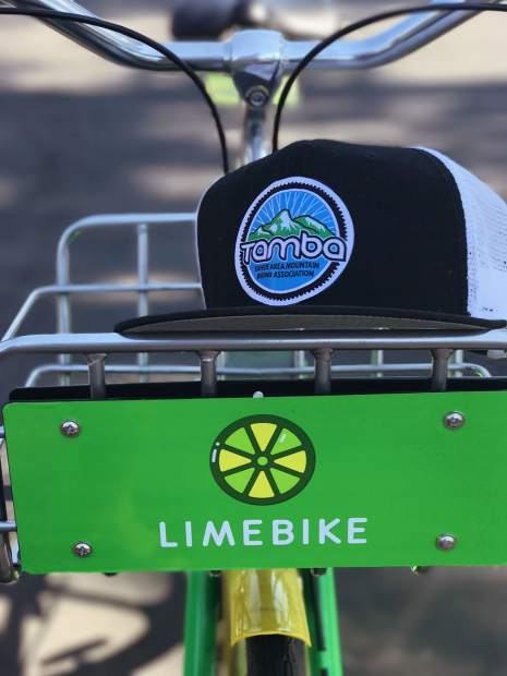 LimeBikes can be booked via a smartphone app for $1 per 30 minutes.