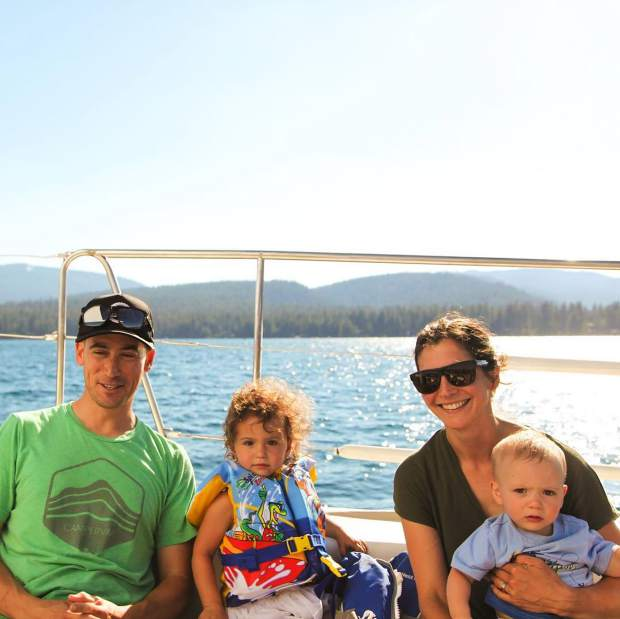 Is it time for your next family portrait? Come out for a sail and one of our staff photographers (deck hands) will happily make your next holiday card full of smiles and bright blue water. #tahoesnaps @meganmichelson