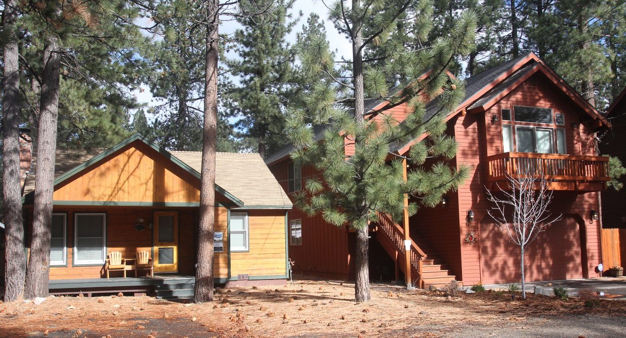 log bay tahoe vacation lake rental rent getaway s in cabins cabin a gundy holiday carnelian