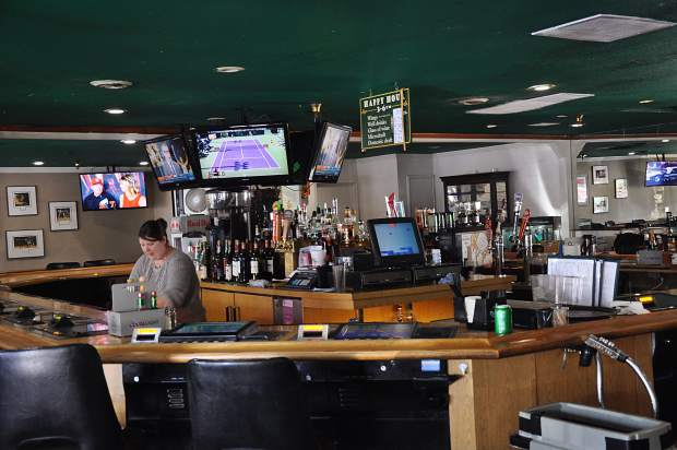 Longtime owners of Crosby's Pub in Incline Village pass