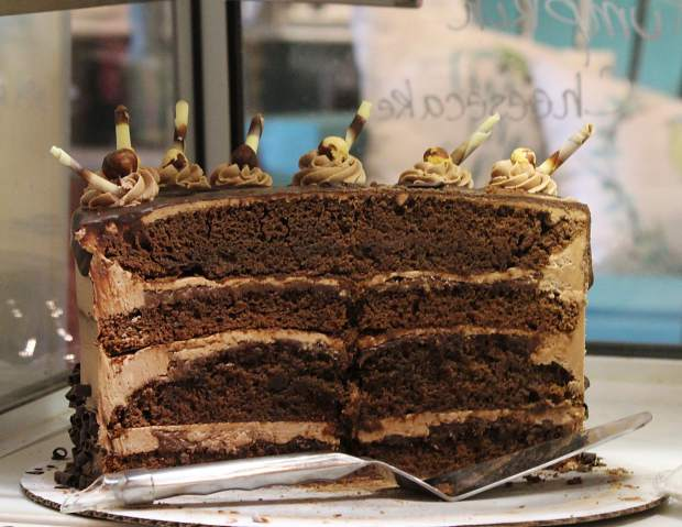 This cake includes chocolate buttercream and nutella spread.