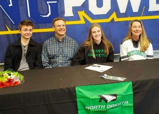 South Tahoe volleyball star Sofia Hedqvist earns full ride to D1 University of North Dakota