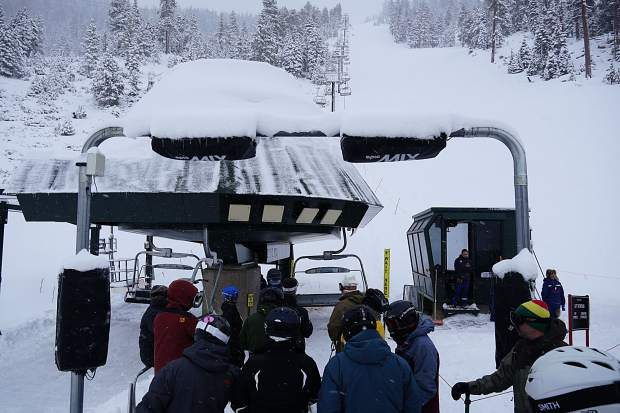 Snow helps U.S. ski industry rack up its fourth best season ever