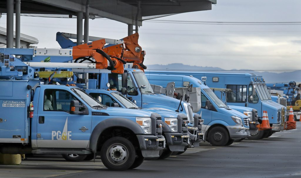 PG&E proactively cuts power to 1,600 due to red flag weather
