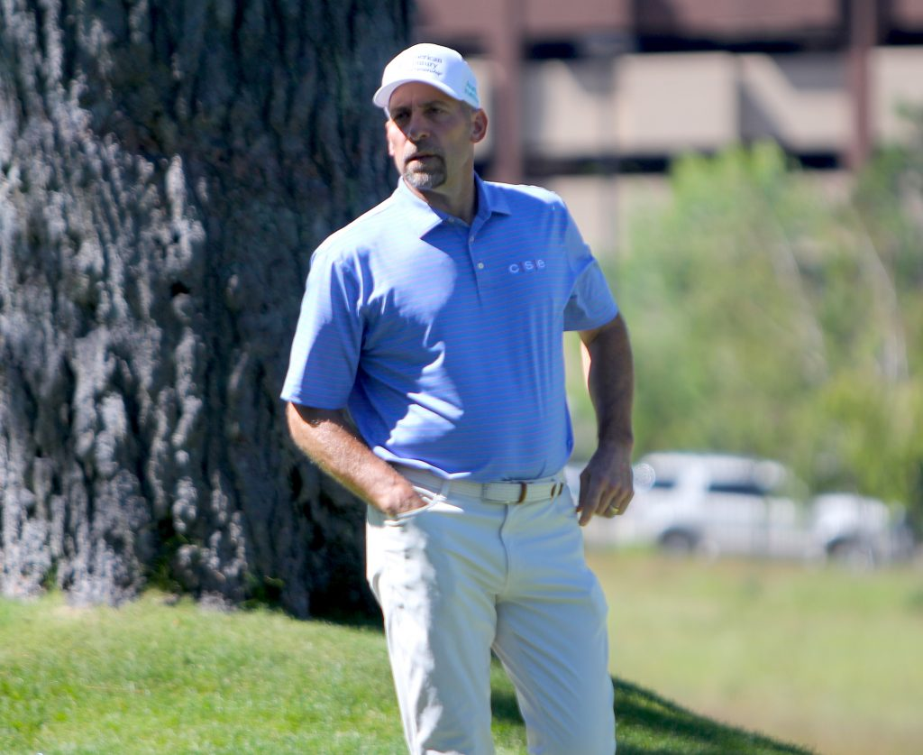 John Smoltz after missing a putt on the second hole.