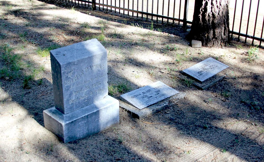 The first person was buried in 1861, the last was 1959.