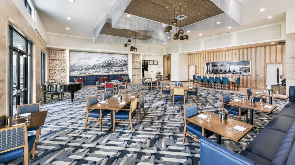 Ovation is Revel Rancharrah's modern-American restaurant, featuring fresh flavors and ingredients, creative presentations, an open kitchen and an elegant dining room.
