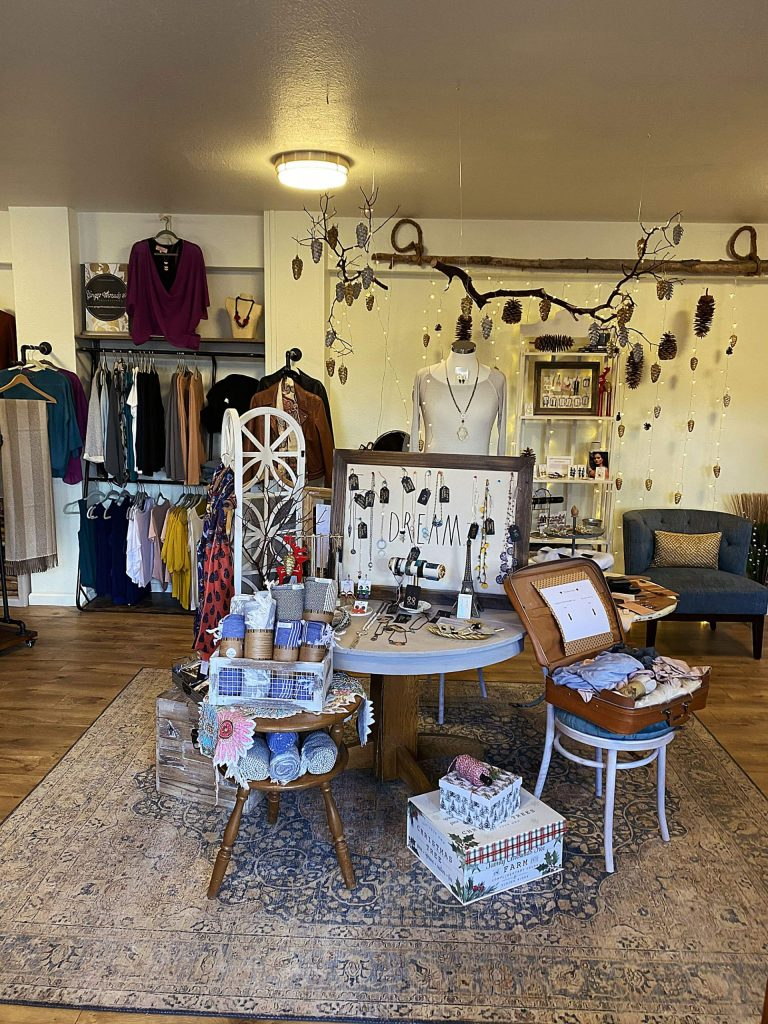 Ginger Threads offers customers a personalized shopping experience.